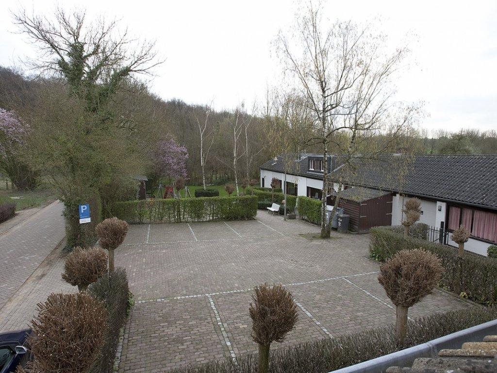 Parkeerplaatsen Vakantiewoningen De Biesenberg